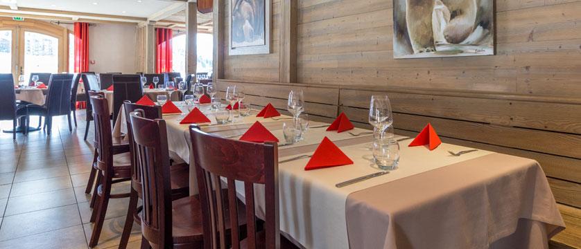 France_LaPlagne_Hotel-Vancouver_restaurant.jpg